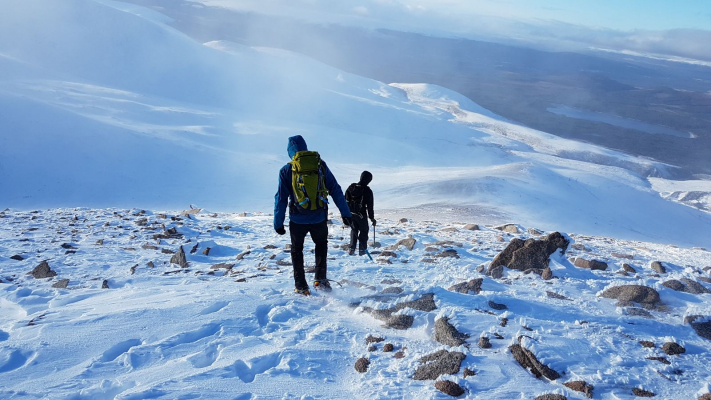 8 Lots of snow in the Cairngorms #winterskills #skitouring #wintermountaineering #winterclimbing