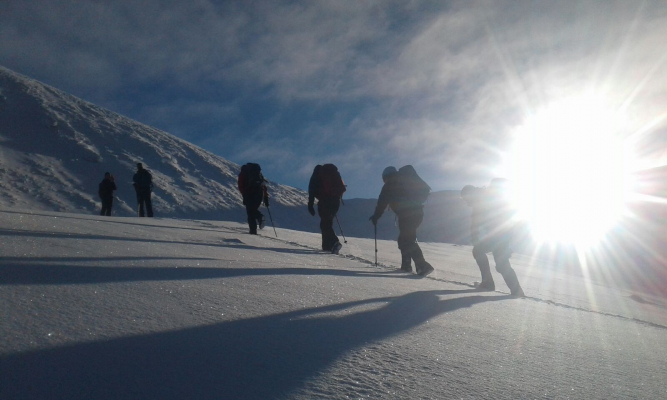 6 Great winter conditions continue #winterskills #wintermountaineering #skitouring #cairngorms #scotland