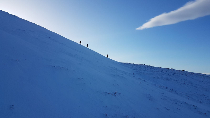 4 Great conditions for this week's winter skills & winter mountaineering courses