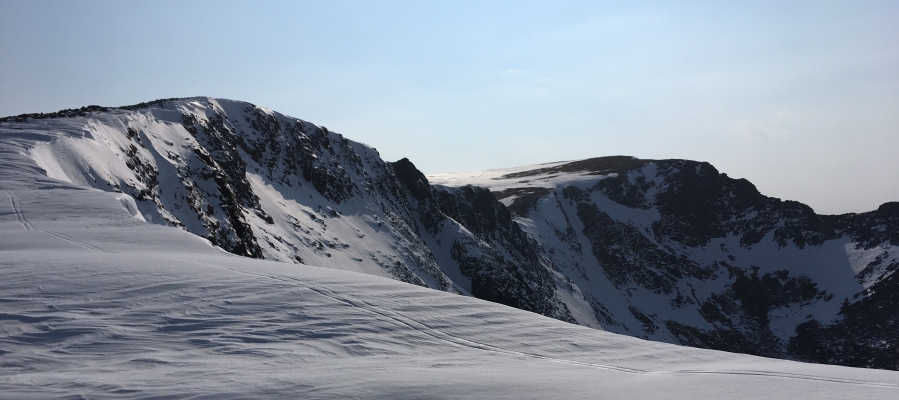 6 Spring in the air, but winter is still clinging on! #winterskills #wintermountaineering #hillwalking