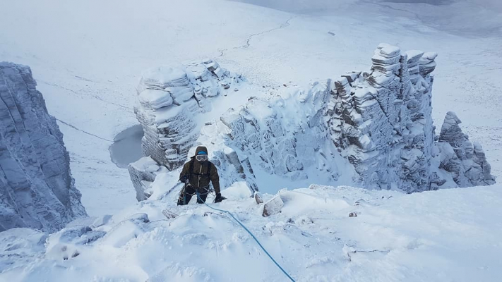 8 Improving conditions #winterclimbing #wintermountaineering #winterskills