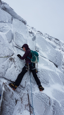 8 Great conditions for this week's winter skills & winter mountaineering courses