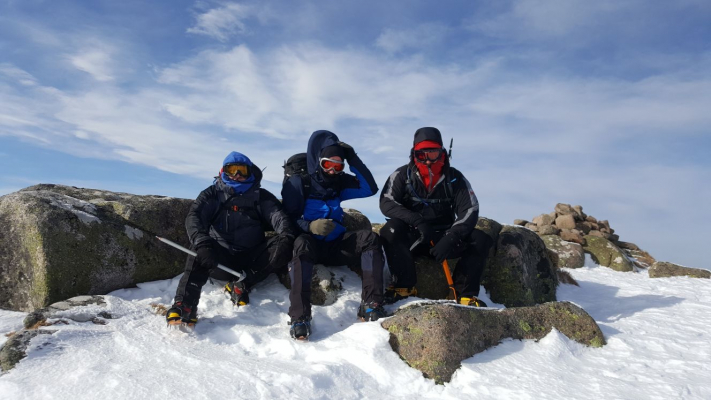 5 Turning very cold..... #winterskills #skitouring #winterclimbing #wintermountaineering