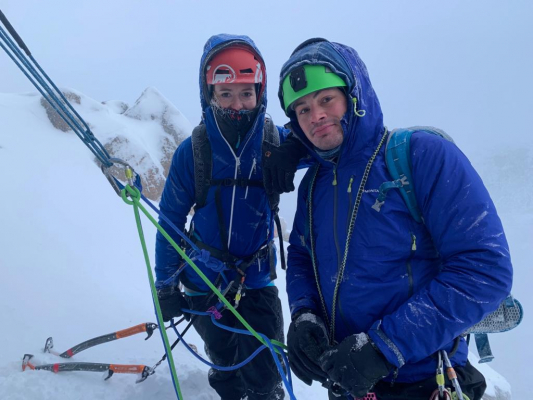 0 Improving conditions #winterclimbing #wintermountaineering #winterskills