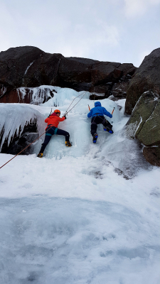 3 Winter Skills & Winter Mountaineering in the Cairngorms