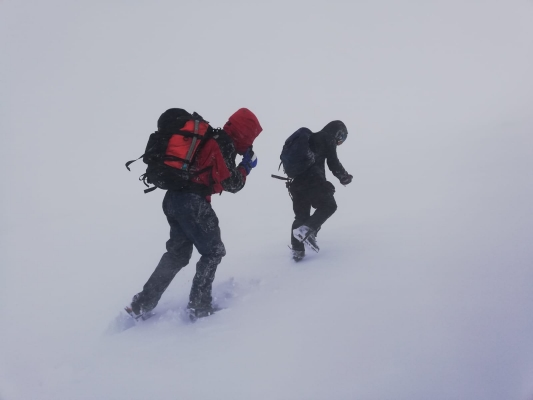 1 Spring in the air, but winter is still clinging on! #winterskills #wintermountaineering #hillwalking