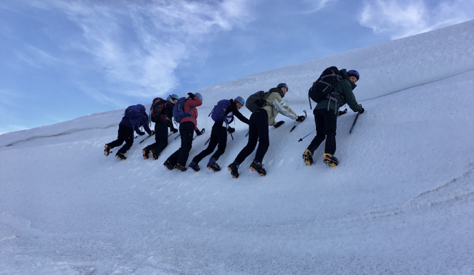 11 Turning very cold..... #winterskills #skitouring #winterclimbing #wintermountaineering