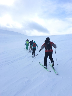 1 Winter draws to a close #winterskills #skitouring #scottishskitouring