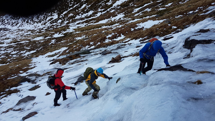 4 Winter Skills & Winter Mountaineering in the Cairngorms