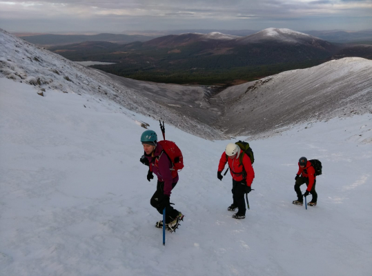4 Improving conditions #winterclimbing #wintermountaineering #winterskills