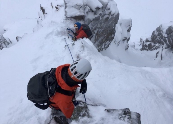 6 Winter arrives just in time #winterskills #winterclimbing #skitouring